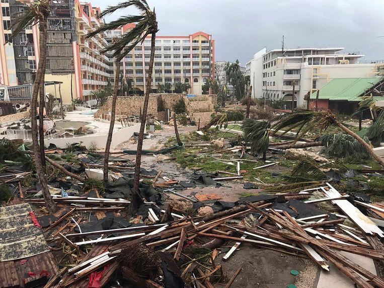 Ravage en totale ontreddering op Sint Maarten. Beeld AP