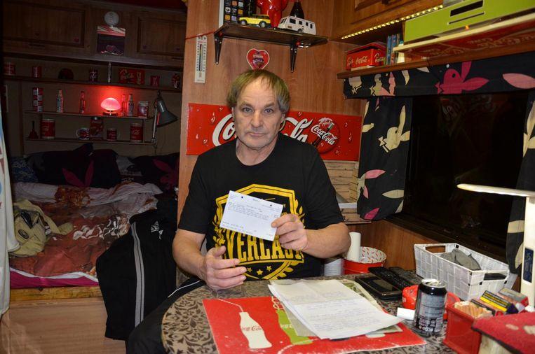 Danny Robbens leeft in zijn caravan op enkele vierkante meters.