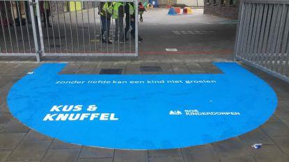 VBS De Knipoog in Rummen steunt SOS kinderdorpen met SOS Kus- & Knuffelzone