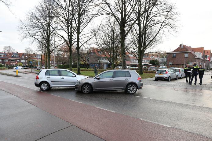 De auto's kwamen in Zwolle neus-aan-neus te staan, waarna de politie de bestuurder aan kon houden.