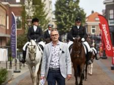 Hoefgetrappel brengt keizerlijke stoeterij van Napoleon terug naar Borculo