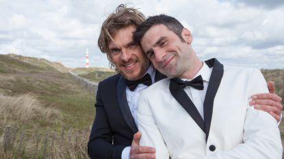 """Familie-acteur haalt uit naar 'homofobe' Roger De Vlaeminck: """"Twee mannen die kussen, wat is daar mis mee?"""""""