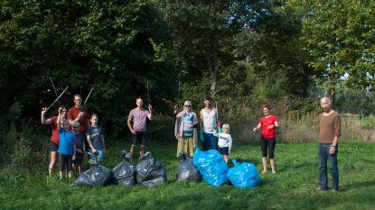 Vrijwilligers 'Red onze Kleiputten' rapen 61 kilogram afval in natuurgebied