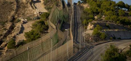 La polémique fait rage autour des barbelés de Melilla
