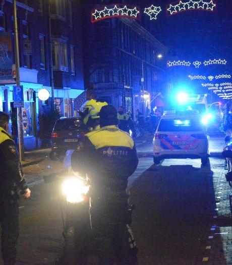 Politie treft gewonde man (31) aan op Prins Hendrikstraat na melding steekpartij