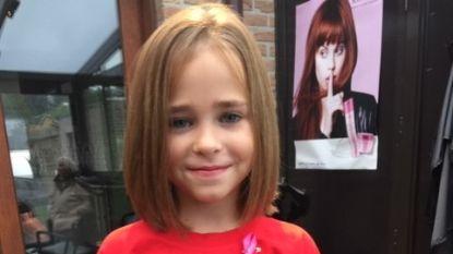 """Ella-June (8) laat lange haren knippen voor Think Pink: """"En Sinterklaas mag mijn pakjes aan de zieke kindjes schenken"""""""
