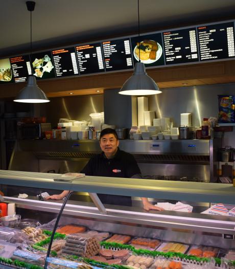 Utrechtse snackbarhouder verjaagt overvallers met koekenpan