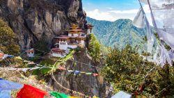 Bhutan is de reisbestemming van 2020: ze kennen Ikea en Brad Pitt. Maar er is niet één verkeerslicht