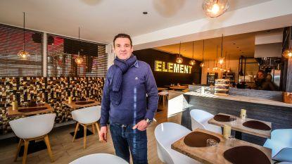 """Johnny (54) verkoopt na 20 jaar zijn zaak in Oostende en begint van nul in Knokke: """"Ik kook nu eenmaal héél graag"""""""