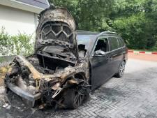 Politie waakt voor kopieergedrag bij serie autobranden in Epe