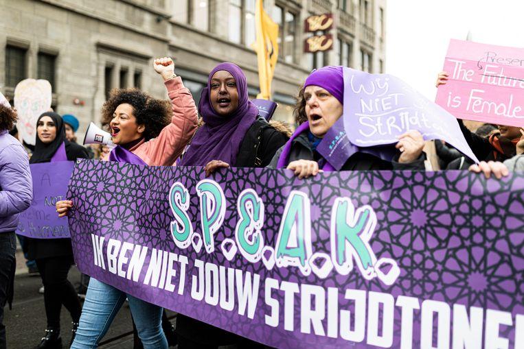 S.P.E.A.K. tijdens de Women's March. Beeld Tammy van Nerum