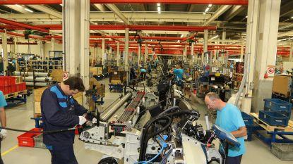 Minister Crevits geeft weefmachineproducent Picanol 663.000 euro voor investeringen en opleidingen