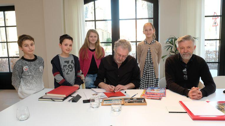 De ambassadeurs van Suske en Wiske mochten de tekenaars interviewen.