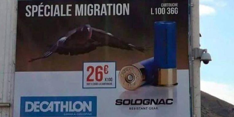 Decathlon heeft deze reclame snel laten verwijderen na negatieve reacties.