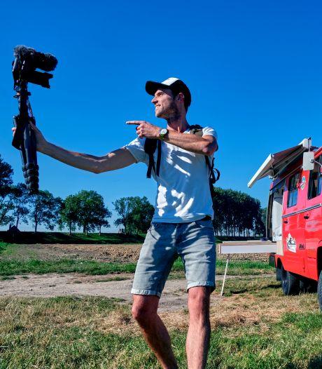 Cameraman Kees verkoopt zijn bezittingen om te gaan vloggen: 'Hét moment om mijn droom na te jagen'