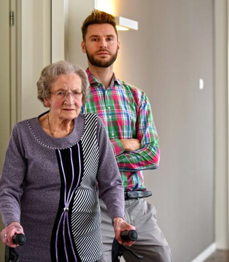 Mevrouw Bastiaansen (93)  uit Breda voelt zich 'enorm gesteund door stortvloed aan reacties'