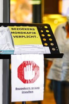 Vakbond FNV: Werken in de zorg na positieve test kan écht niet