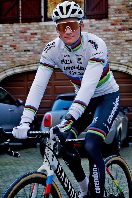 Van der Poel dit jaar ook nog op mountainbike: 'Willen zoveel mogelijk wereldbekers rijden'
