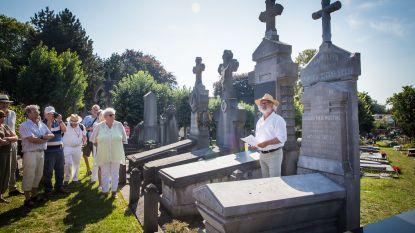 Fans van schrijver Karel van de Woestijne restaureren zijn grafmonument op Campo Santo