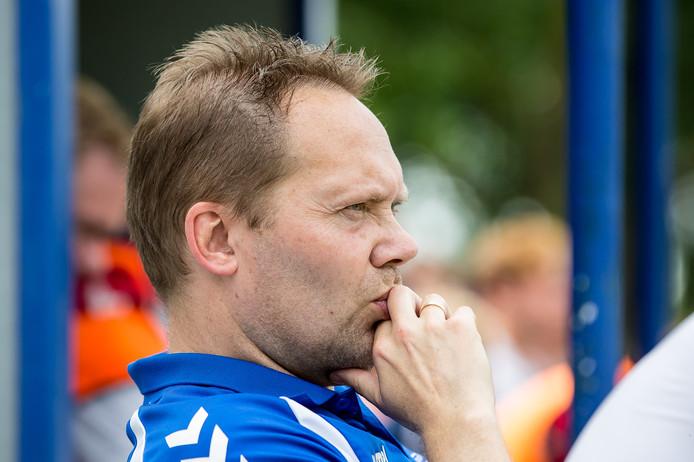 FC Oudewater-trainer Harry Akkermans.