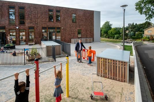 Een deel van het Rozendaalse schoolplein.