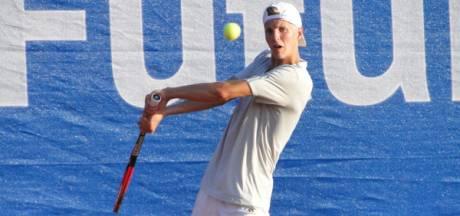 Salland-tennisser Brouwer schiet met scherp in Schotland
