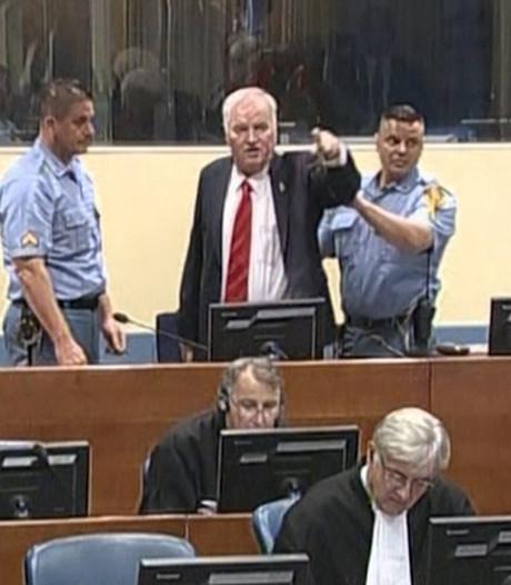 Tot levenslang veroordeelde Mladic: Leugens! Jullie moeten je schamen