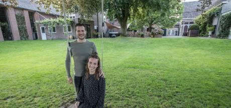 Nieuwe uitbaters geven restaurant De Gouden Leeuw in Vessem een boost