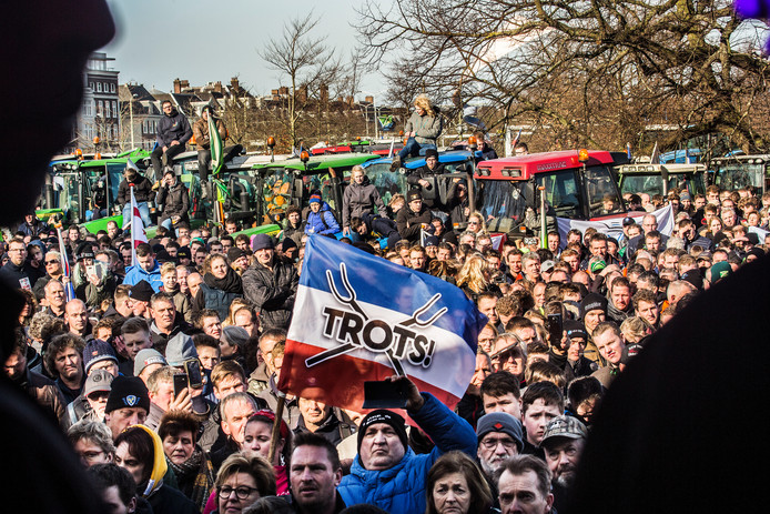 Boeren protesteerden woensdag opnieuw tegen het stikstofbeleid van het kabinet