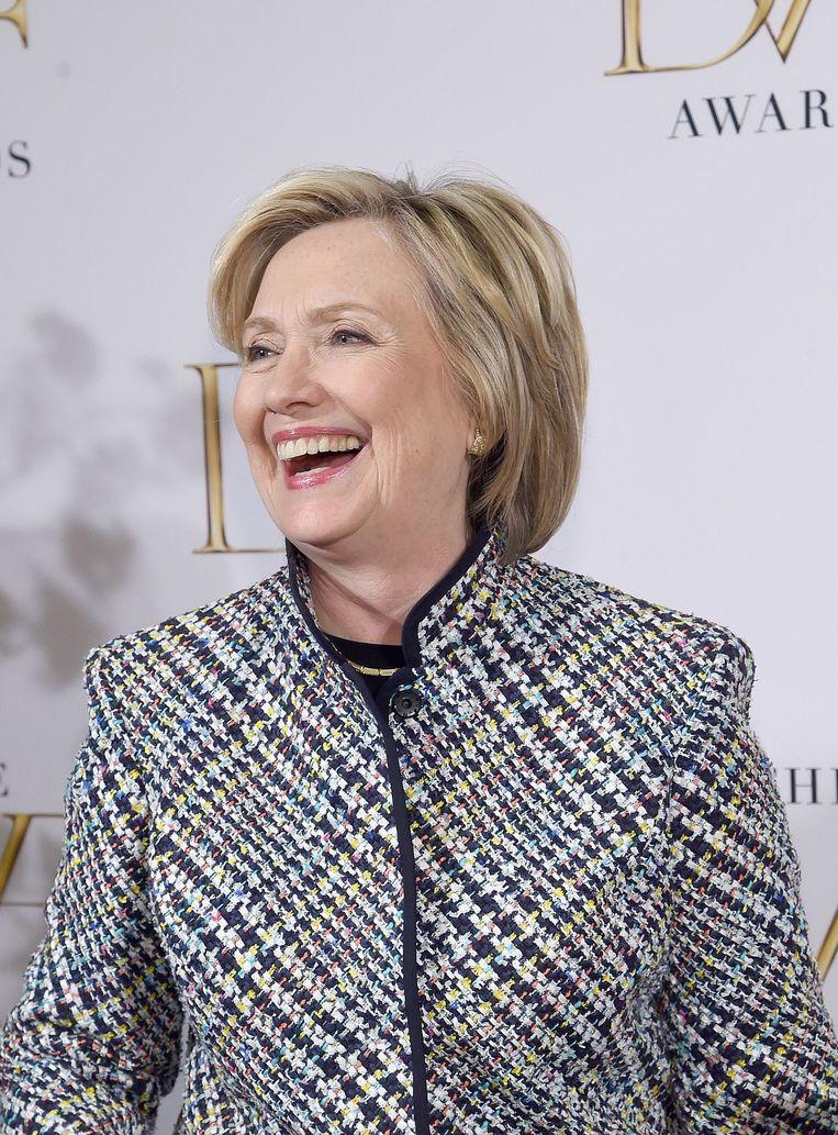 Een lachende Hillary Clinton donderdag bij de DVF Awards in New York. Beeld afp