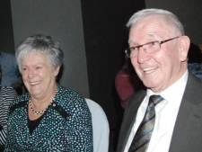 Na de eerste ontmoeting volgde een uitgebreid afscheid, nu zijn ze zestig jaar getrouwd