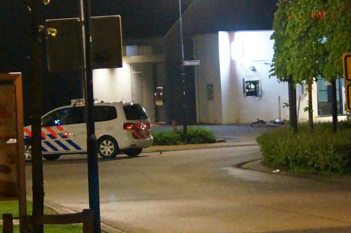 Getuigen zagen zwarte scooter en witte bestelbus wegrijden na de plofkraak in Terborg.
