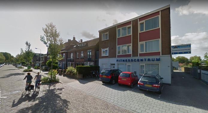 De Thijmstraat in Nijmegen, met rechts het pand waarin sportschool Nijmegen'82 was gevestigd.