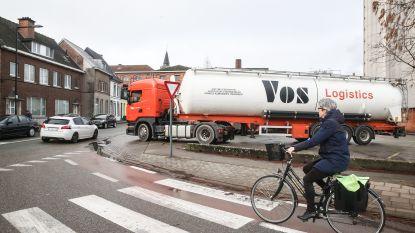 """Verontwaardigde Aalstenaars geven vrijdag signaal met Lichtwandeling: """"Alweer sterft een kindje op onze wegen. Genoeg is genoeg"""""""