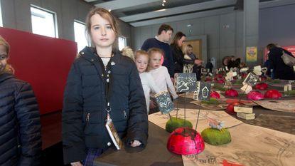 Kinderen maken kunstwerkjes met dodecaëder als inspiratiebron
