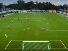 Motiverende teksten, ideaal begin en een scorende back: zo wint SC Genemuiden van Flevo Boys