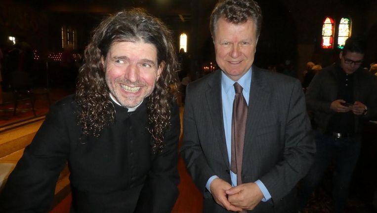 Piere Valkering op zijn boekpresentatie met oud-politicus Boris Dittrich Beeld Hans van der Beek