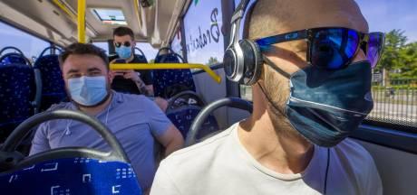 Mondkapjesverplichting openbaar vervoer: 'Ik heb er nog maar één reiziger op moeten wijzen'