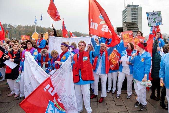Ze zijn het zat dat de werkdruk blijft stijgen en er niks structureels veranderd vanuit Den Haag.