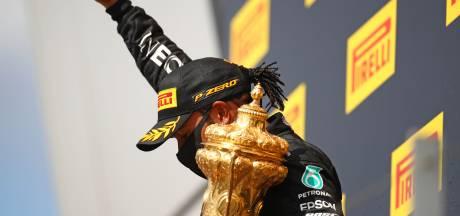 Hamilton na zenuwslopende slotronde: 'Mijn hart stond bijna stil'