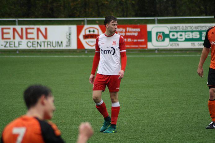 Sam Franse in actie voor Rood-Wit Veldhoven tegen NWC.