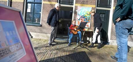 Kunstenaars uit Almelo bieden kijkje in de keuken