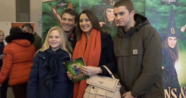 Wendy Van Wanten en Frans Vancoppenolle met hun dochter Estelle en haar zoon Clément.