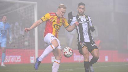LIVE. Mist is nog niet verdwenen, maar de match wordt wel hervat bij 1-0-voorsprong voor Charleroi