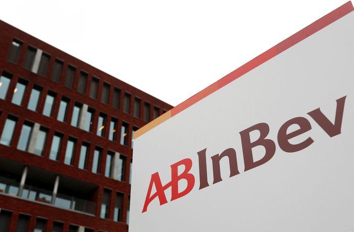 Het logo van AB Inbev in Leuven.