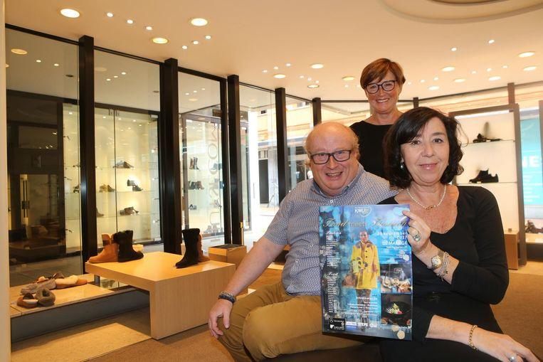 Carlo Declercq, Ingrid Cortoos en Karin Vanbaelen stellen 'Food meets Fashion' voor.