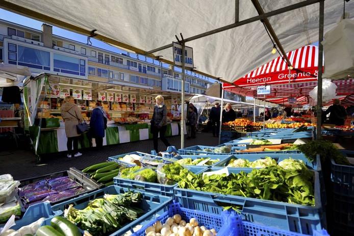 De weekmarkt in Roosendaal.