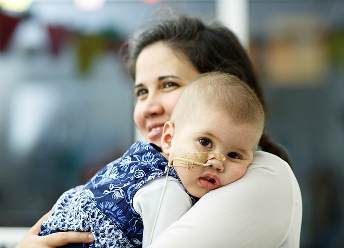 Carolina Borges en Geert Rutten zoeken een stamceldonor voor hun doodzieke dochtertje Ana Elena.