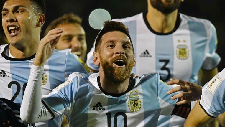 Lionel Messi viert feest met Argentinië Beeld afp