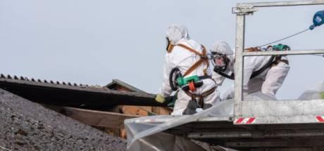 Vereniging Eigen Huis wil af verbod op asbestdaken na noodkreten woningbezitters
